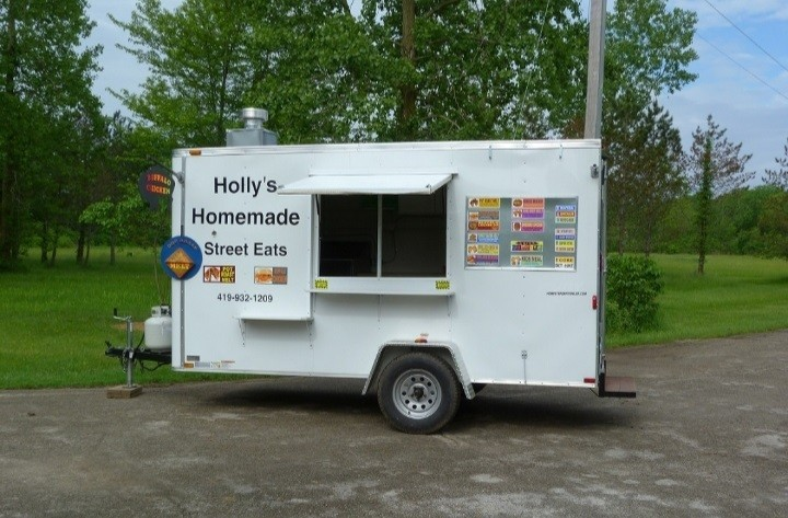 Holly Jester, a mom of one, dreamed of owning her own restaurant, but opted for a food truck because it's more family-friendly.  (Submitted photo)
