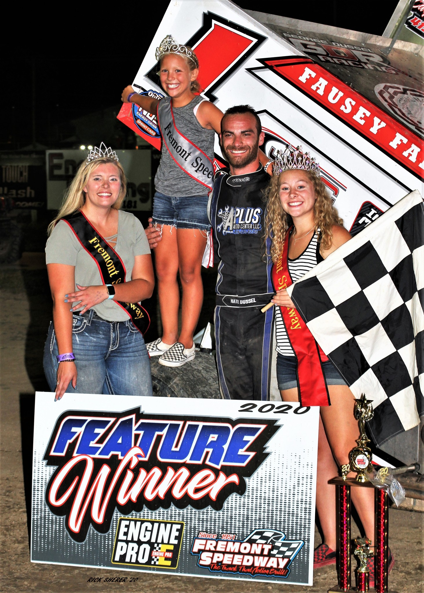 Bradner's Nate Dussel with his family. (Photo by Rick Sherer)