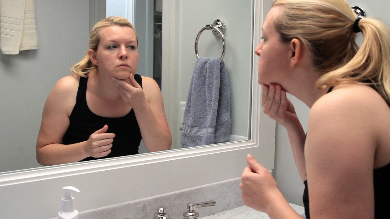 Avoid scrubbing your skin and using skin care products that sting or burn, as irritating your skin can make it look older. (Photo courtesy of the American Academy of Dermatology)