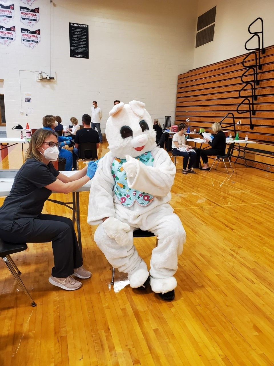 Easter Bunny gets vaccinated in Oak Harbor.  (Photo courtesy of the Oak Harbor Area Chamber of Commerce)