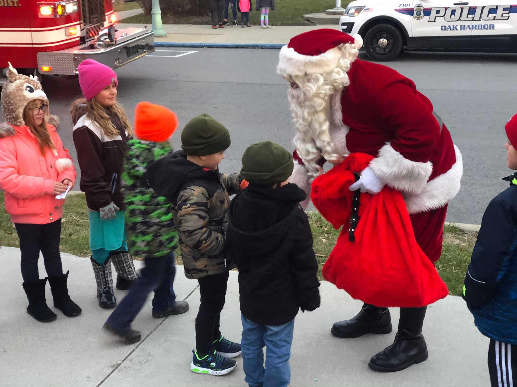 Santa arrived in Oak Harbor Dec. 7, heralding the beginning of the holiday season and visiting with more than 150 children who came for the village's annual Olde Fashioned Christmas Celebration. (Photo courtesy of the Oak Harbor Area Chamber of Commerce)