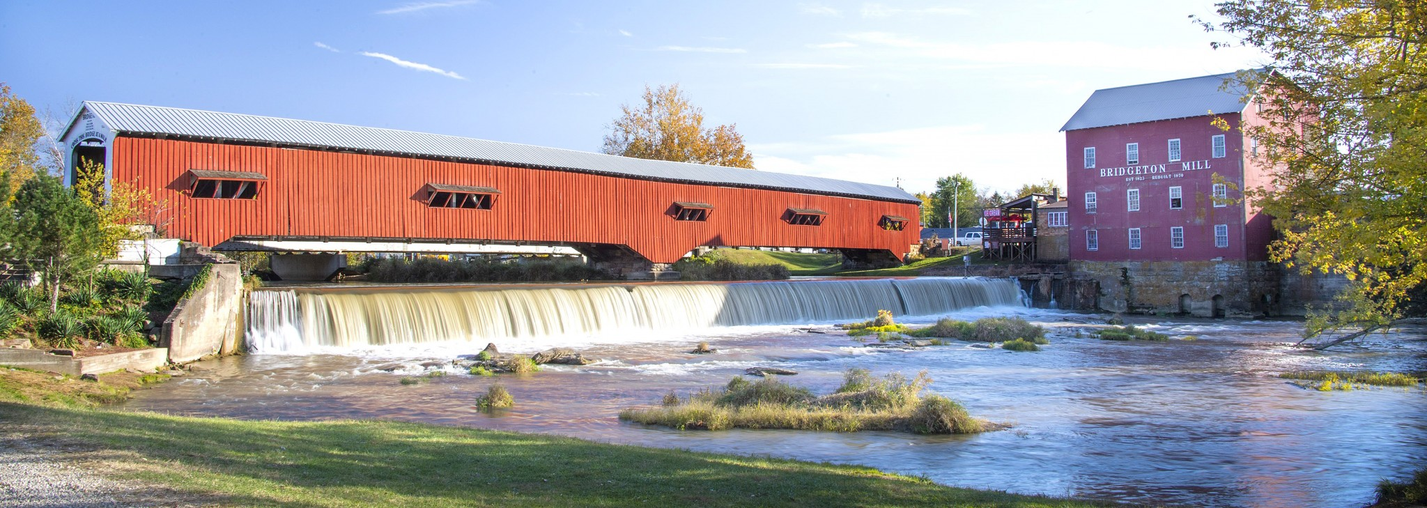 Jackson Bridge spans 207 feet over Sugar Creek, one of 31 covered bridges in Parke County, Indiana.  (Photo by Art Weber)