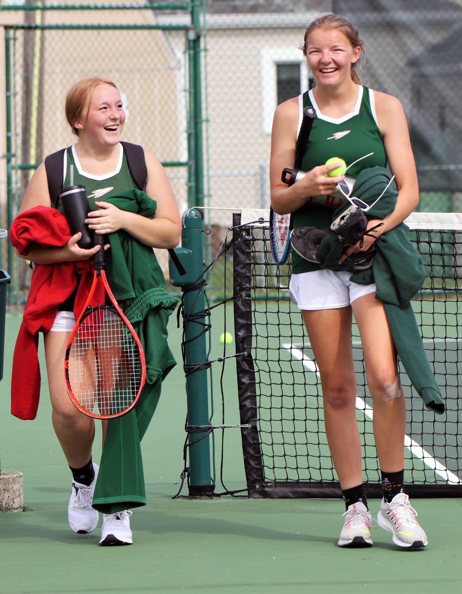 Emma Hand and Jessa Bolander. (Photo by Laura Bolander)