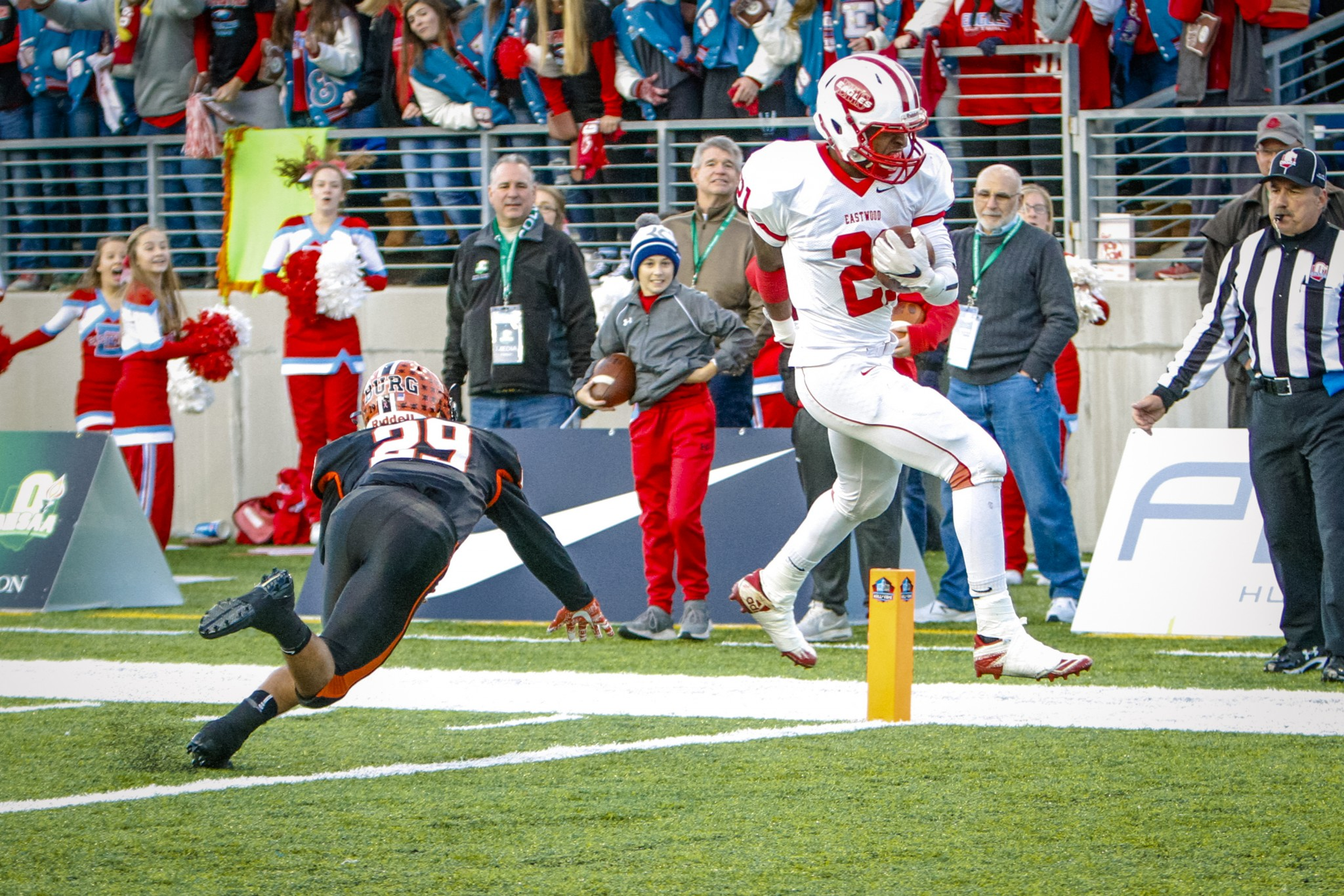 """Then-Eastwood junior Ceyleon Damron scores during the Eagle's 21-14 overtime loss to Wheelersburg in the 2017 Division V state championship game at the Tom Benson Hall of Fame Stadium. (Press file photo by Lee Welch/<a href=""""http://www.FamilyPhotoGroup.com"""">www.FamilyPhotoGroup.com</a>)"""